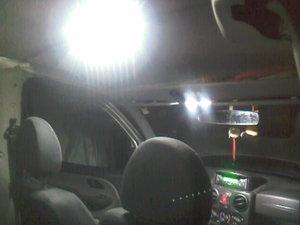 Свет в козырьке и в салоне.jpg
