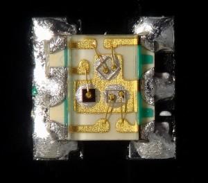 Very_small_1_6x1_6x0_35_mm_RGB_Surface_Mount_LED_EAST1616RGBA2.jpg