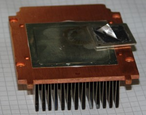 copper_heat_sink_with-foil.JPG
